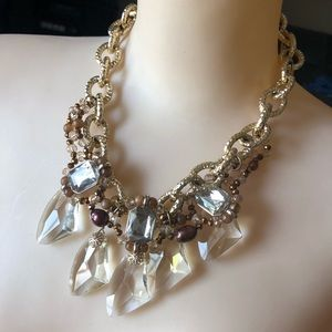 Gorgeous statement piece crystal gold necklace